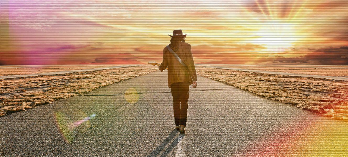 Larry Mitchell - The Traveler