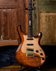 Guitars Knaggs Severn T2 Larry Mitchell