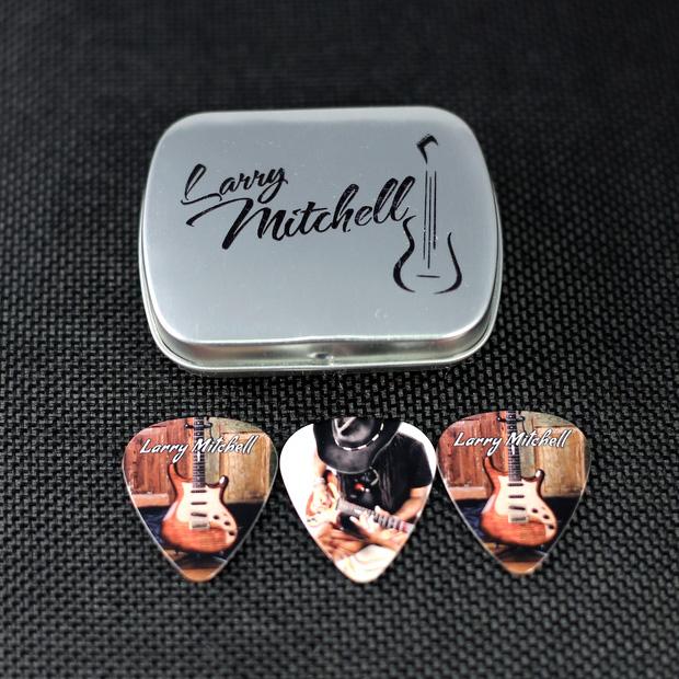 Mini Guitar Larry Mitchell