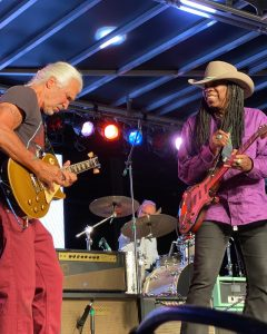 05.2021 - Dallas International Guitar Festival - Larry and George Lynch. Source: 1AnitrasDance