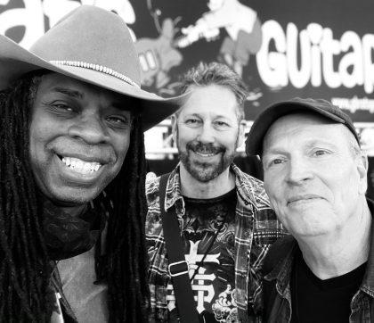 05.2021 - Dallas International Guitar Festival - Larry, Scott Robbins (G-Brat's Guitars) and Jimmy Wallace  (Jimmy Wallace Guitars and DIGF Founder)