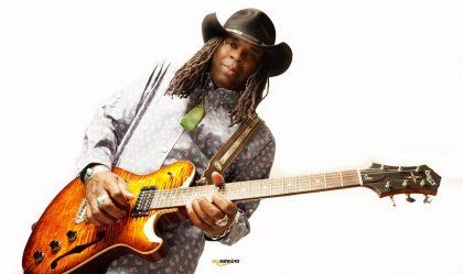 Guitars-Knaggs-Chena-T3-Larry-Mitchell